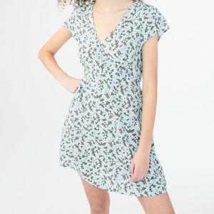 SABRINA FOR AERO Floral V-Neck Shirt Dress!